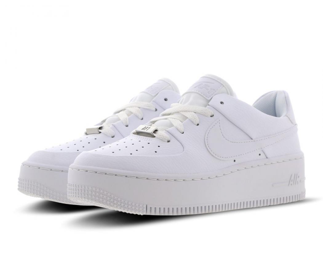 Soldes > nike air force 1 blanche femme > en stock